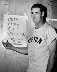 June 17, 1960 - Ted Williams hit his 500th career home run. Boston Red SoxTed Williams after hitting his 500th home run.