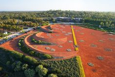 Melbourne has created a major new botanic garden on a 25-hectare site at Cranbourne on the south-eastern outskirts of Melbourne, Australia.