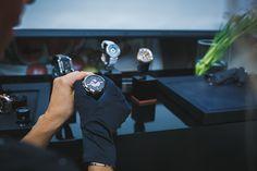 Sep 2015 Smart Watch, Russia, Product Launch, Fashion, Moda, Smartwatch, Fashion Styles, Fashion Illustrations, Fashion Models