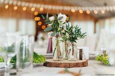 Neben Brautkleidern, Frisuren und Make-up gibt es auch in Sachen Deko, Blumen, Torten und Co. jede Hochzeitssaison neue Trends.