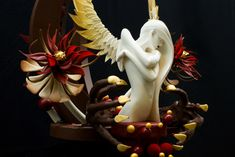 Showpieces by Frank Haasnoot ( a Paris, France Patissier) Chocolate Showpiece, Chocolate Garnishes, Chocolate Art, Chocolate Sculptures, Dessert Table, Chef's Table, Sugar Art, Food Presentation, Food Design