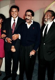 Rest in Paradise. Muhammad Ali, Richard Pryor, and Dick Gregory Mohamed Ali, Dick Gregory, Richard Pryor, Vintage Black Glamour, Famous Black, Black Celebrities, Celebs, Black History Facts, Black Pride
