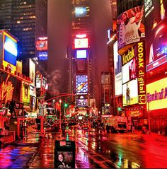 Times Square by mikegk