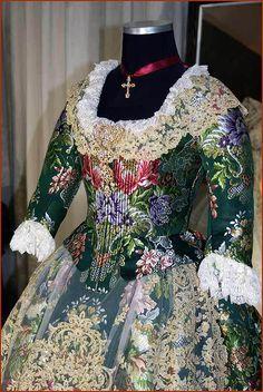 vestido Vestidos Vintage, Vintage Dresses, Liberty, French Lady, Costumes, Rococo, Womens Fashion, How To Wear, Mardi Gras