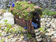 Fairy caravan. Fairy house, fairy garden, woodland, gypsy caravan, fairy display, fairy furniture, miniature furniture. Amazing gift!