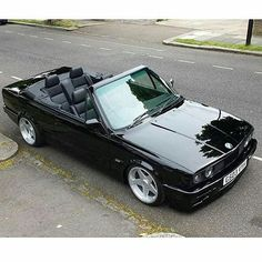 Bmw E30 Cabrio, Bmw E30 325, Bmw E24, Bmw Alpina, Rolls Royce Motor Cars, Bmw E30 Convertible, Cool Car Pictures, Bmw Classic Cars, Old School Cars