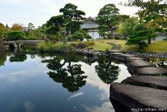 Spectacular Japanese gardens, Himeji Koko-en Although it was built not long…
