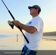 Fishing #fraserisland is a serious business - just ask Scotty (The Hook) from The Hook and The Cook.   #fraserisland #fraserislandfishing #homeoffishing #kingfisherbay #eurongbeach #fraserislandbarges #hooked