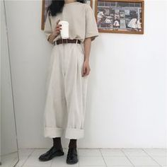 straight cut pants best outfits The clothing culture is quite old. Girly Outfits, Pretty Outfits, Vintage Outfits, Casual Outfits, Grunge Outfits, Fashion Moda, Girl Fashion, Fashion Outfits, Fashion Heels