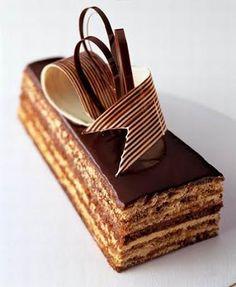 Elegant Opera (in) Cake