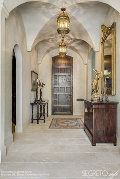 How to Update your House From the Tuscan Brown Trend - Maria Killam - The True Colour Expert Tuscan Style Homes, Mediterranean Style Homes, Tuscan House, Design Entrée, Wall Design, Design Ideas, Interior Design, Design Elements, Travertine Floors
