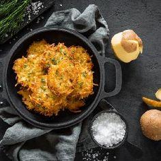 Oszczędne dania obiadowe - 19 pomysłów na tanie i smaczne obiady dla zaradnych - Beszamel.se.pl Iron Pan, Kefir, Eggs, Breakfast, Food, Morning Coffee, Essen, Egg, Meals