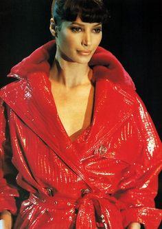 Christy Turlington - Atelier  Versace Runway Show 1994'