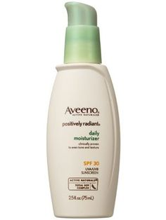 This Aveeno facial moisturizer hydrates and protects skin with broad-spectrum sunscreen.