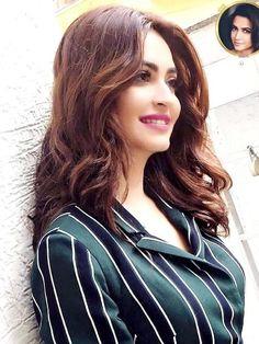 Kirti Karbanda South Indian Actress, Beautiful Indian Actress, Beautiful Actresses, Kirti Kharbanda, Pic Pose, Cute Beauty, Bollywood Stars, About Hair, Woman Crush
