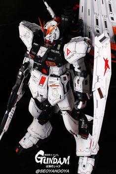 Neo Grade Nu Gundam - Customized Build Modeled by Seoyahooya Gundam Toys, Frame Arms, Plastic Art, Mobile Suit, Grade 1, Transformers, Action Figures, Sci Fi, Building