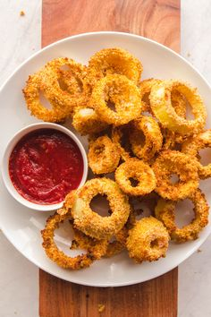 These Healthy Vegan Onion Rings are Fat Free and an easy Side Dish! #plantbased #onionrings #vegan #healthy #oilfree #easyrecipe #fatfree