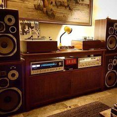Hi-Fi media storages and Hifi setup Vinyl Storage, Record Storage, Vinyl Shelf, Record Display, Home Theatre, Audio Vintage, Audio Hifi, Audiophile Music, Audio Amplifier