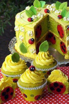 ".Ladybug Cake. Wow at KG ""The Art of Cakes"""