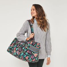 Vera Bradley Iconic styles are a modern twist on the classic silhouettes, refreshed with added functionality. Going home for the weekend or out on a girls' getaway? This duffel will help you pack it all in style. Girls Getaway, Girls Weekend, Duffel Bag, Beautiful Bags, Large Bags, Louis Vuitton Speedy Bag, Vera Bradley, Blue And White, Black