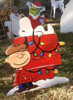 charlie brown and snoopy at the dog house christmas yard artchristmas yard decorationscharlie