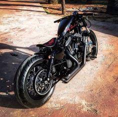 Instagram  @jaksidley gran moto con detalles muy cuidados
