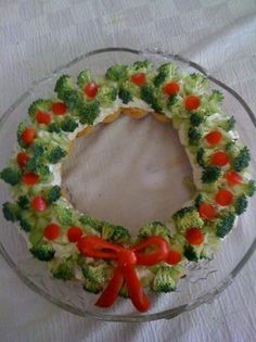 Christmas Wreath Appetizer - Easy to substitute nut butters and make this recipe Raw Vegan