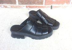 03a79eca21d vintage 90s Black Leather CHUNKY peep toe Strappy MIA SANDALS 8 woven heels platforms  slides club ki