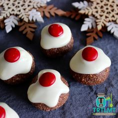 These chocolate balls are a massive hit in my house and are something we have made every Christmas for as long as I can remember. They don't last long at all.  I went to make a batch today and thought I'd get a little creative and turn these delicious little morsels into little Christmas puddings. So