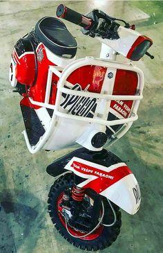 ● Piaggio Vespa, Vespa Bike, Scooter Motorcycle, Vespa Lambretta, Vespa Scooters, Motorcycle Design, Bike Design, Scooter Scooter, Vespa 400