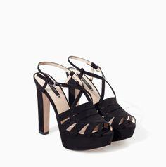 Sandali neri Zara