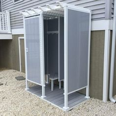 ToddPod x Four-Sided Double Outdoor Shower Enclosure with Half Wall from Pool Warehouse provides you with privacy while showering outdoors. Above Ground Pool Kits, Above Ground Pool Liners, In Ground Pools, Outdoor Shower Enclosure, Outdoor Showers, Pool Warehouse, Deck Maintenance, Kohler Shower, Swimming Pool Kits