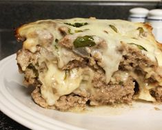 Stuffed meatloaf is the comfort food you crave. Keto and Low Carb, it's tasty and filling and makes the best leftovers. Great to meal prep! View and Print the recipe on Linneyville. Cheesy Meatloaf, Cheese Stuffed Meatloaf, Low Carb Meatloaf, Healthy Diet Recipes, Low Carb Recipes, Beef Recipes, Cooking Recipes, Keto Foods, Healthy Eating