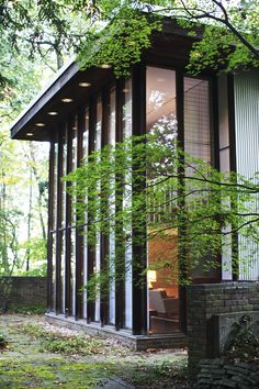 Beautifully restored George Nelson home includes original furniture for $450K - Curbedclockmenumore-arrow : It's a true modernist gem