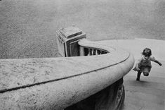 "last-picture-show: "" ""Alécio de Andrade, Grand Palais, Paris, 1975 "" "" Vintage Photography, Street Photography, Art Photography, Inspiring Photography, Children Photography, Magnum Photos, Great Photos, Old Photos, Rare Images"