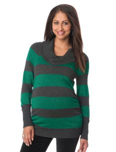 I'm really gonna need some good sweaters this year with my growing belly! And Robert and I liked this in green :) you can find a lot of these clothes on the motherhood maternity website.