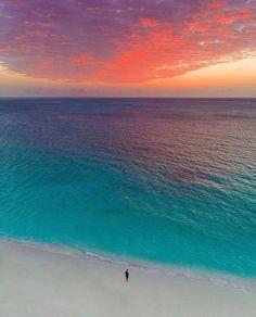 Joni Express Beautiful Sunset, Beautiful Beaches, Beautiful World, Beautiful Scenery, Ocean Colors, Destination Voyage, Nature Adventure, Turks And Caicos, Sunset Photos
