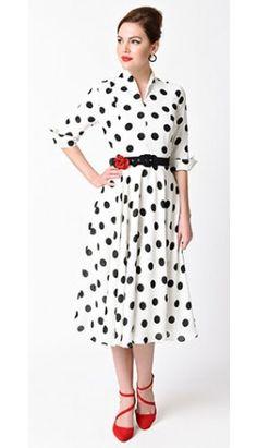 Unique Vintage 1940s White & Black Dotted Sleeved Hudson Shirt Dress