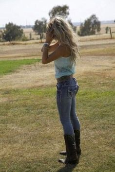 Country style outfits cute to wear with cowboy boots fashion wedding dresses for sale . country style outfits girl girls my wedding dresses with boots . Hot Country Girls, Country Girl Style, Cute N Country, Country Women, Country Fashion, My Style, Country Style Clothes, Country Girl Hair, Country Girl Truck