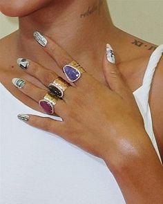 Nail patch: gli stickers adesivi che rendono facile la nail art