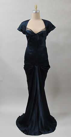 Evening dress Charles James  Date: ca. 1940 Culture: American Medium: silk Accession Number: 2013.420
