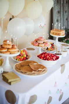 First Birthday Brunch, Donut Birthday Parties, Birthday Ideas, Baby Birthday, Kids Birthday Breakfast, 36th Birthday, Deco Baby Shower, Baby Shower Brunch, Baby Showers