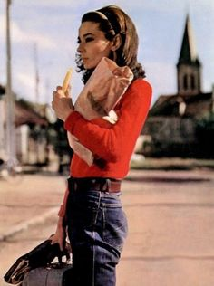 Très Blasé — Audrey Hepburn in Two for the Road, 1967 Chelsea Foy - Another! Audrey Hepburn Outfit, Audrey Hepburn Movies, Aubrey Hepburn, Audrey Hepburn Photos, Audrey Hepburn Fashion, Image Fashion, Look Fashion, Trendy Fashion, Fashion Outfits