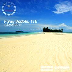 Sedang merencanakan perjalanan ke Ternate? Telusuri lebih jauh yuk dengan menyebrang ke Morotai. Di sana Ada Pulau Dodola Partners. Pulau Dodola sangat unik. Terbagi 2, Dodola besar dan Dodola kecil. Saat surut, keduanya terpisah dan membuat jalan baru diantaranya. Berkunjung yuk?