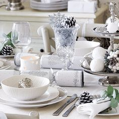 Silver and whiteDecorate Your Christmas Table   Rustic-Modern Table