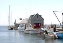Victoria by the sea Pei Canada, Prince Edward Island, Sea And Ocean, Small Island, Canada Travel, Beautiful Islands, Foxes, 3, Lighthouse