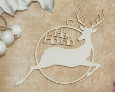 It is made from mm a white chipboard.: 83 mm x 70 mm You can decorate it by paint, glitter, inks, embossing powder and more. Embossing Powder, Chipboard, Bauble, Reindeer, Christmas Ideas, Decorative Plates, Shapes, App, Painting