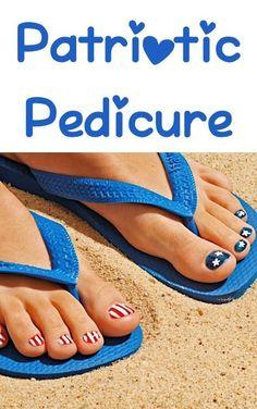 DIY Patriotic Pedicure! {so cute for the 4th of July!} #nails #pedicures #nailart