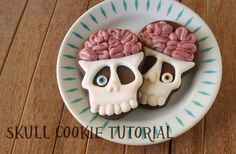 skull cookie | KlickitatStreet+skull+cookie+tutorial.jpg