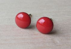 7 mm round bright red stud dot earrings resin by ColorfulClay
